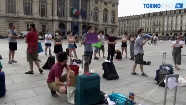Una chiavetta internet per 100 studenti, così la didattica online è un incubo: la protesta degli universitari