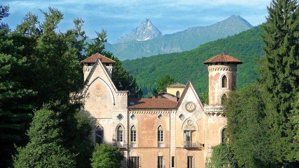 """""""Io creo"""", performance collettiva degli studenti al Castello di Miradolo"""