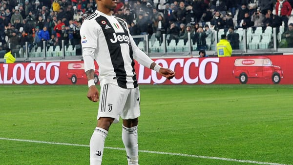 Video gol e sintesi partita Lokomotiv Mosca-Juventus 1-2: Ramsey, Miranchuk, Douglas Costa