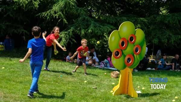 al castello di pralormo la festa di primavera  con il picnic solidale di fondazione paideia-3