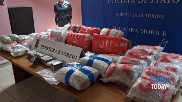 La droga sequestrata in via Cuneo