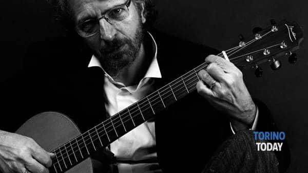 Luigi Antinucci interpreta la canzone d'autore italiana all'Osteria Rabezzana