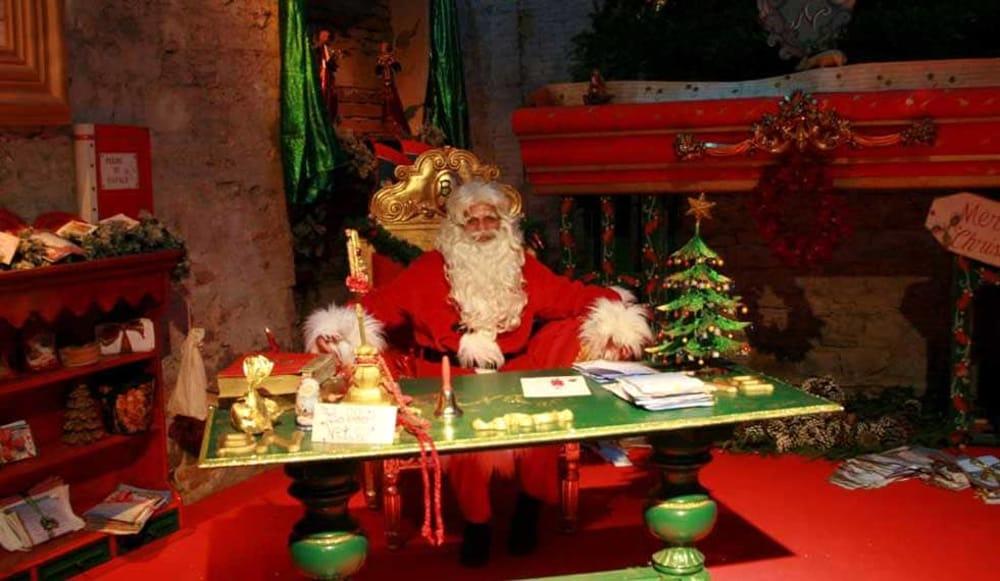 Babbo Natale Casa.La Casa Di Babbo Natale A Grugliasco Eventi A Torino