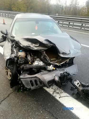 giulietta-distrutta-autostrada-san-giorgio-canavese-181124-2-2-2