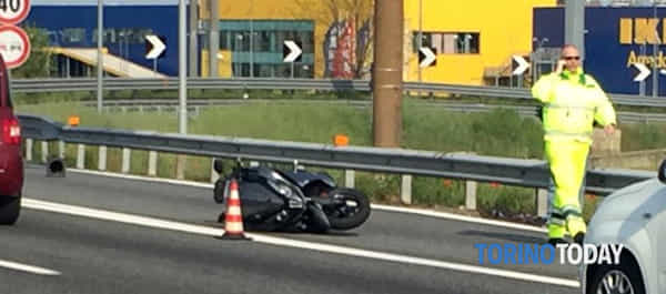 incidente-scooter-tangenziale-collegno-190417-2