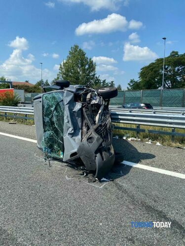 incidente-autostrada-santhià-200820-1-2