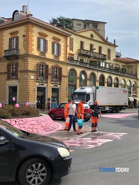 Ivrea W il Giro e w la Figa 24 5 2019 1