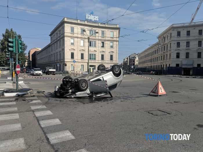 Incidente Corso Regio Parco angolo Lungo Dora Firenze 21 agosto (1)