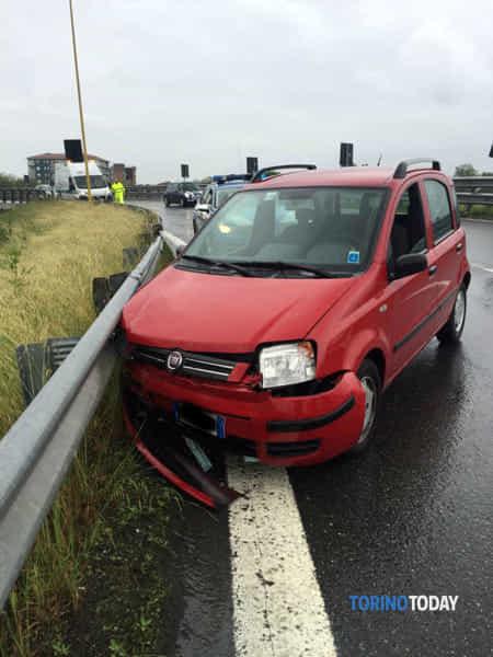 Svincolo Orbassano Fiat Panda incidente 18 5 19 1