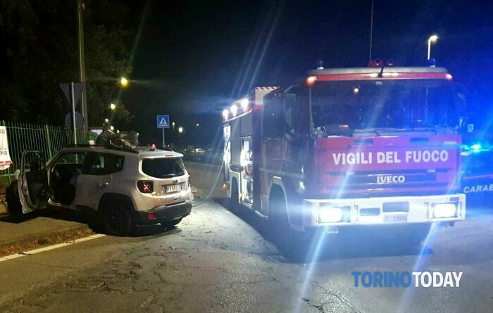 Favria incidente stradale alt carabinieri Jeep via Busano 1 8 20 1