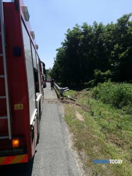 Lessolo incidente A5 19 giu 2018 1