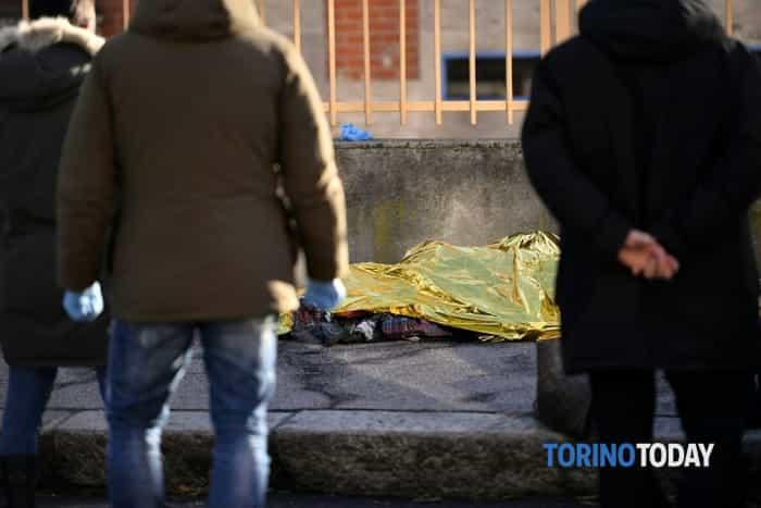 romeno-suicidio-bruciato-auto-via-flecchia-180102 (1)