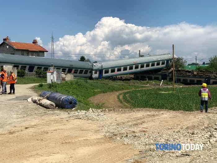 Caluso incidente ferroviario 2 morti 23 maggio 2018 1