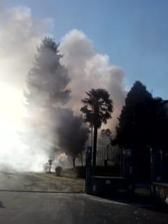 incendio-edificio-via-moncenisio-1-avigliana-161209-2-2
