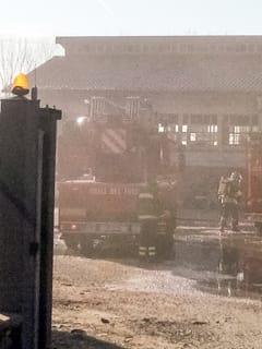 incendio-edificio-via-moncenisio-1-avigliana-161209-1-2
